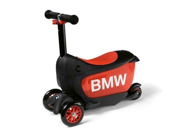 Picture of BMW KIDS SCOOTER WHITE/ RASPBERRY PINK